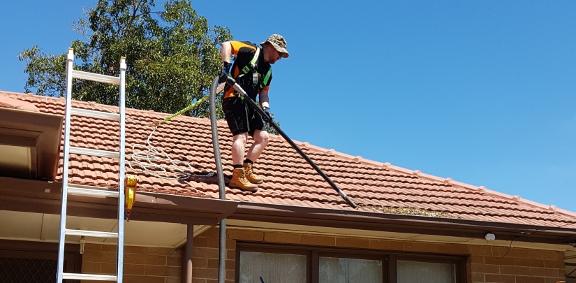 About Iclean Gutters And Outdoors